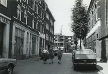 1978-1681 De Koepelstraat met op de achtergrond de Crooswijksekade.