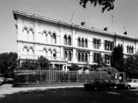 1978-2154 Gezicht op hoekpand van Westerkade en Rivierstraat, vestiging van een filiaal van de KNMI (Rivierstraat 12). ...