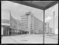 1978-3321 Kantoor en fabriek van Van Nelle aan de Van Nelleweg 1.