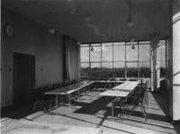 1978-3641 Vergaderruimte van Erven wed. J. van Nelle, de fabriek van Van Nelle aan de Van Nelleweg nummer 1.