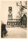 1979-1242 Gezicht op de door het Duitse bombardement van 14 mei 1940 getroffen Grotemarkt gezien uit het zuiden. Op de ...