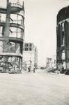 1979-1257 Restanten aan de Hoofdsteeg, na het bombardement van 14 mei 1940. Gezien uit het zuiden.
