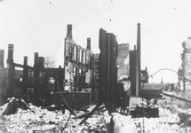 1979-1474 Gezicht op de door het Duitse bombardement van 14 mei 1940 getroffen omgeving van de Schoutenstraat met ...