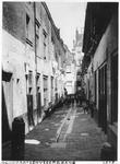 1980-1755 Gezicht in de Schoorsteenvegersgang.