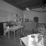 1980-3846 Gemeentelijk badhuis met kantoor en interieur aan de Dijkstraat.