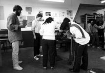 1980-4119-TM-4124 Interieurs van de drukwinkel aan de Sint-Mariastraat 54, hoek van de Gaffeldwarsstraat. Wijkproject ...