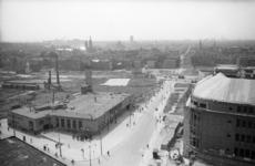 1980-5777 De Oude Binnenweg, gezien vanaf het Erasmushuis.