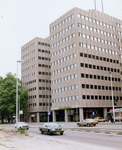 1981-1711-TM-1713 De Blaak.- 1711: Kantoorgebouw van verzekeringsmaatschappij Nieuw Rotterdam.- 1712: Gezicht in de ...