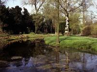 1981-1972 Bomenpark Arboretum Trompenburg aan de Honingerdijk.