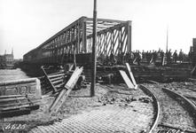 1981-660-TM-665 De Boompjes aan de Nieuwe Maas.Verbreding van de Boompjeskade in verband met de verbinding met de ...