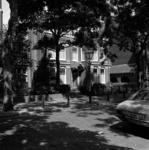 1982-1546 Hoflaan, met het architectenbureau Lelieveldt 121 aan de westzijde.