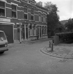 1982-3126 Adamshofstraat, hoek Assendelftstraat.