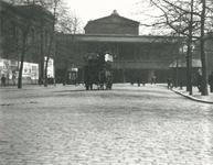 1982-720 Gezicht op Station Beurs aan het Beursplein.