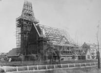 1983-3247 De aanbouw van de Prinsekerk aan de Statensingel, gezien vanuit noordoostelijke richting.