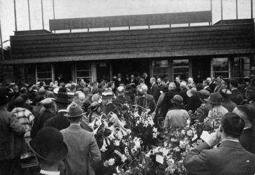 1984-379 De openingsrede van de heer C. Huyzer, voorzitter van de Raad van Beheer van de NV Rotterdamsch Sportpark, aan ...