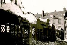 1985-516 Puinresten na het bombardement van 14 mei 1940. Aan de Bergstraat.