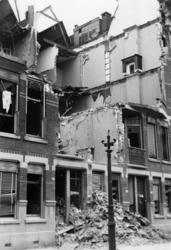 1985-557 Restant van pand in de Vijverhofstraat , na het bombardement van 14 mei 1940.