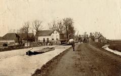 1985-579 In Schiedam Kethel aan de Polderweg.