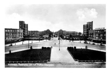 1986-1448 Overzicht van het Mathenesserplein.