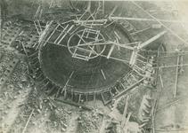 1986-153 Fundering schoorsteen van elektriciteitscentrale aan de Galileistraat.