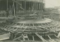1986-155 Fundering schoorsteen van elektriciteitscentrale aan de Galileistraat.