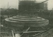 1986-156 Fundering schoorsteen van elektriciteitscentrale aan de Galileistraat.