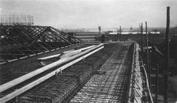 1986-171-TM-175 Gezicht op de bouw van de elektriciteitscentrale van het G.E.B. aan de Galileistraat.Afgebeeld van ...