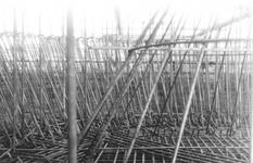 1986-176-TM-180 Gezicht op de bouw van de elektriciteitscentale van het G.E.B. aan de Galileistraat.Afgebeeld van boven ...