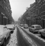 1986-281 Gezicht op de Aelbrechtstraat, gezien vanaf de Nieuwe Binnenweg.