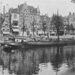 1986-38 Gezicht op de Aelbrechtskolk, hoek van de Schiedamseweg.