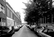 1986-407 Gezicht op de Drievriendenstraat met op achtergrond de Diergaardesingel.
