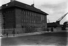 1986-53 Het gebouw van de rivierpolitie aan de Sint-Jobsweg.