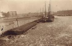 1986-587 Gezicht op de Coolhaven, vanaf de Lage Erfbrug gezien.