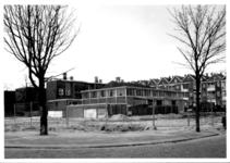 1986-983 Gezicht op de Duivenvoordestraat, hoek van de Oostervantstraat. Middelland noord.