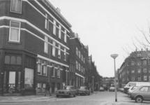 1986-989 Gezicht op de Aleidisstraat, gezien vanaf de Duivenvoordestraat.