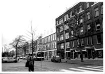 1986-993 Gezicht op de Duivenvoordestraat gezien vanaf het Henegouwerplein. Middelland noord.