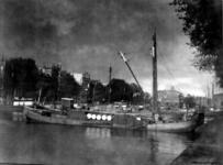 1987-274 Haringvliet uit zuidwestelijke richting, op de achtergrond het ooglijdersgesticht.