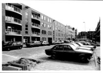 1988-1237 Gezicht op de oostzijde van de Duivenvoordestraat.
