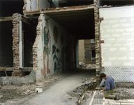 1988-1726 Woningrnovatie en muurschilderingen in Kralingen-West.