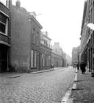 1988-3011 Het Zwaanshals uit noordelijke richting. Tussen Hooglandstraat en Raephorststraat. Vanaf de Soetendaalsekade.