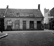 1988-3012 Het Zwaanshals aan de oostzijde uit westelijke richting. Vanuit de Raephorststraat.