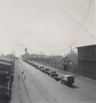1990-1307 Gezicht op de Keilestraat. Bij de firma W.H. Köning & Co.