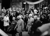 1990-2290 Mariniers bestaan 325 jaar., Parade der oud mariniers.