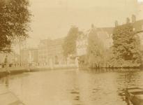 1991-1390 Gezicht op de Schiedamse Vest, gezien uit zuidelijke richting.. Op de achtergrond de Coolsingel met rechts de ...