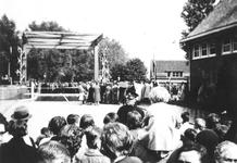1991-1834 Gezicht op de opening van de Prinses Irenebrug.