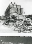 1991-3167 Gezicht in de door het Duitse bombardement van 14 mei 1940 getroffen Weteringstraat, als gevolg van het ...