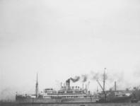 1991-871 De Nieuwe Maas.Stoomschip Tanganyika wordt geholpen bij het afmeren.