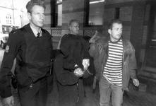 1992-1332 Aanslag op de rechtbank., De man die in de Rechtbank aan de Noordsingel een aanslag pleegde op een ex-zwager ...