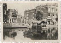 1992-3670 Gezicht op de Rotterdamse Schie. Met veerpont bij de Zomerhofstraat.