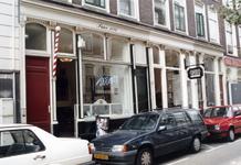 1992-4394 Mo's barbershop aan de Jacobusstraat 115.